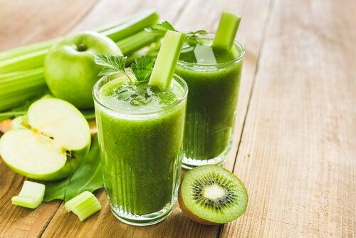 smoothie-uri detoxifiere